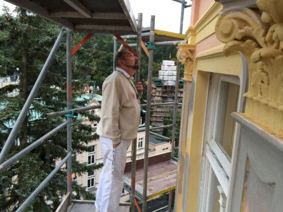 Gyoza-LH- Smetana- Vysehrad-Karlovy- Vary-fasada (4)
