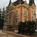 Gyoza-LH- Smetana- Vysehrad-Karlovy- Vary-fasada (5)